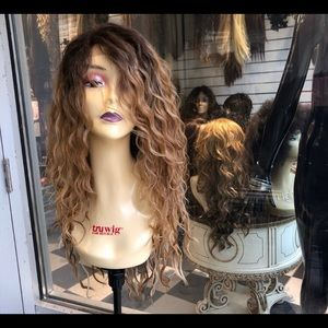 Accessories - Wig ombré Long curly blonde Lacefront wig 2019